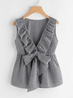 Sheinside Plaid Cute Bow Front Blouse Deep V Neck Shell Tops 2017 Women Ruffle Sleeveless Summer Tops Ladies Peplum Tunic Blouse Fashion Mode, Fashion Clothes, Fashion Outfits, Fashion Trends, Trendy Clothing, Ootd Fashion, Men Fashion, Fashion Ideas, Blouse Styles