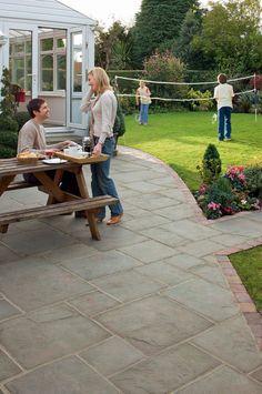 Coach House Garden Paving - Heathland
