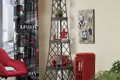 """I'll have to """"hide"""" it in the office. I love the romanticism of paris and the eiffel tower! Paris Living Rooms, Paris Rooms, Living Room Decor, Dining Room, Paris Theme Decor, Paris Room Decor, My New Room, My Room, Bedroom Themes"""