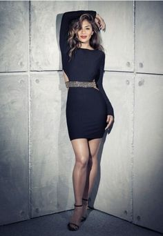 This super smokin' black beauty has got us crushing over this crepe fabric dress at Missguided. With stunning long sleeves, triple chain belt to the front with two gold and one silver sequence and chic cut out detail surrounding the middle this dress will turn heads. Style this with strappy heels and box clutch for a fierce look. #NicolexXMissguided