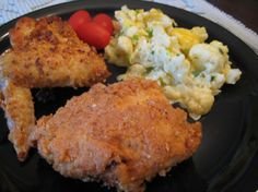 "Fried Chicken Coating - Peggy over at Buttoni's Low Carb Recipes has found a new way to coat chicken for frying and says, "" I'm so pleased with this recipe!!  Great flavor!  Crispy!  And tasted like a flour coating!  A winner in my book.""  Can't wait to try - sounds great!"