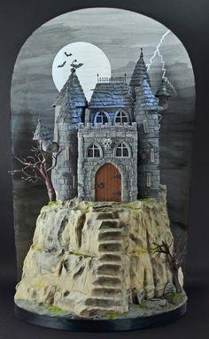 Halloween Castle - by Sandra Monger @ CakesDecor.com - cake decorating website