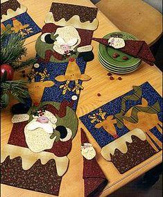 tablerunner & placemats . art to heart  Love love love her stuff!
