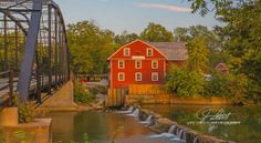 War Eagle Mill - organic flours and meals. Rogers, Arkansas
