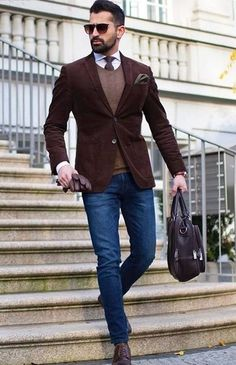 Business Casual Outfit Ideas For The Week Ahead – Men's style, accessories, mens fashion trends 2020 Smart Casual Work Outfit, Casual Street Style, Casual Office, Men's Smart Casual, Casual Dressy, Mens Smart Casual Fashion, Dressy Outfits, Work Outfits, Chic Outfits
