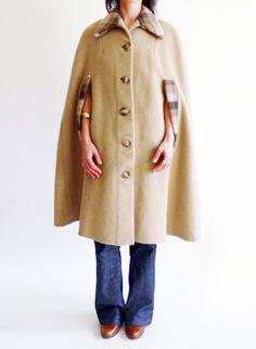 Vintage 1970s camel cape