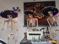 Jake, Palio & Rico! Christmas time! Skeletons