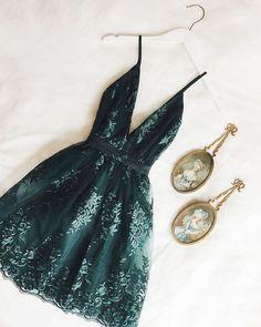 Green Homecoming Dresses, Cute Prom Dresses, Grad Dresses, Pretty Dresses, Beautiful Dresses, Evening Dresses, Dresses Dresses, School Dance Dresses, School Dances