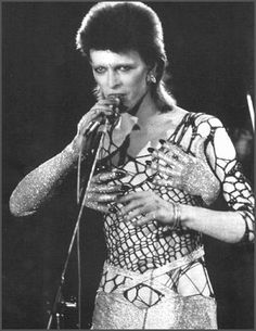 1000 images about david bowie on pinterest ziggy for 1980 floor show david bowie