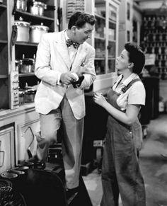 """Eddie Bracken (supporting actor) and Judy Garland in the movie """"Summer-Stock""""  -1950"""