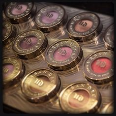 Products we ❤: @urbandecaycosmetics eyeshadows. WIth so many colors to choose from, its hard to know where to start!