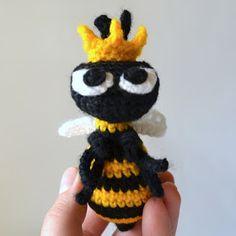 Make It: Queen Bee - Free Crochet Pattern #crochet #amigurumi #free #ravelry