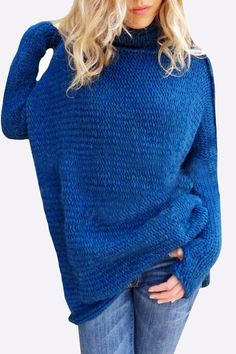 With this loose jumper, you will remember that simplicity is the highest form of comfort. It comes with long sleeves, pullover design and high neck. Team this jumper with your skinny jeans for a fashion autumn look.