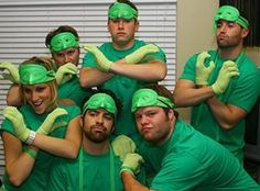 Gang-green? 12 punny costumes for Halloween 2012