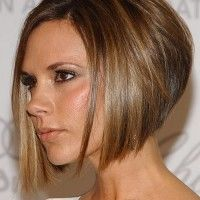 Victoria Beckham inverted bob hairstyle Inverted Bob Hairstyles, 2015 Hairstyles, Short Hairstyles For Women, Pixie Haircuts, Medium Hairstyles, Curly Hairstyles, Wedding Hairstyles, Female Hairstyles, Hairstyles Pictures