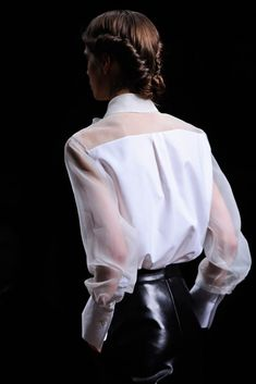 Valentino Fall 2012 Ready-to-Wear Fashion Show Details