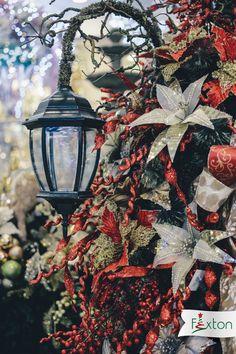¡El rojo, verde y dorado, siempre serán un ícono navideño🎅! Agrégale ramas o elementos reciclados y empieza a crear decoraciones tan únicas como tú.  www.fexton.com Painting, Art, Red, Green, Branches, Create, Decorations, Art Background, Painting Art