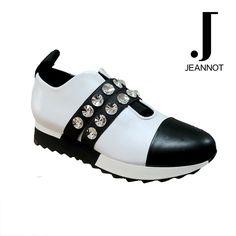 Scarpa in pelle di vitello colore bianco nero – JEANNOT Outlet Store, Balenciaga, Sandals, Sneakers, Shoes, Fashion, Elegant, Tennis, Moda