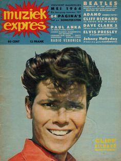 Cliff Richard Paul Anka, Star Trek, Sir Cliff Richard, Leadership Activities, Group Activities, Music Magazines, Sweet Memories, Vintage Photographs, Pop Music