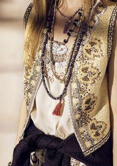 body jewelry, bracelets, anklets, earrings, eyeglass holders and jewelry sets Gypsy Style, Boho Gypsy, Hippie Style, Hippie Boho, Bohemian Style, Hippie Jewelry, Look Boho Chic, Estilo Hippy, Ibiza Fashion