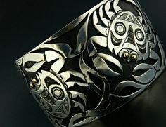Kelvin Thompson, Haida Nation:  Crab Bracelet