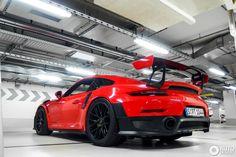 Porsche 991 GT2 RS Weissach Package 1