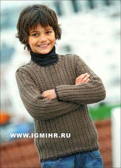 Коричневый пуловер с косами для мальчика 2-10 лет. Спицы