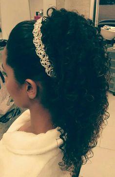 Penteado cabelo cacheado noiva