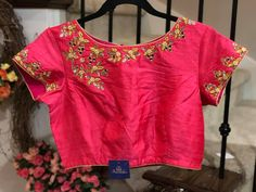Cute boat neck blouse with floral design hand embroidery thread work on neckline and boarder of sleeves. Simple Blouse Designs, Sari Blouse Designs, Wardrobe Images, Maggam Work Designs, Lehenga Blouse, Hand Embroidery, Embroidery Stitches, Work Blouse, Indian Designer Wear