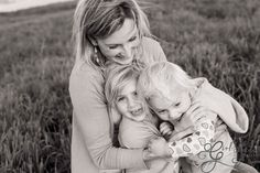 Family shoots, mothers and daughters   http://girlingumbootsphotography.blogspot.com/