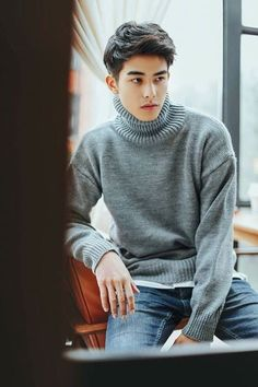 song weilong | PIN: MAITE