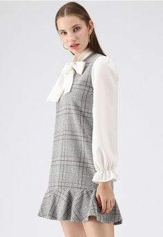 Kind of Miracle Houndstooth Bowknot Dress in Grey Fashion Now, Unique Fashion, Fashion Brand, Grey Fashion, Sweet Style, Cool Style, Led Dress, Retro Dress, Ruffle Dress