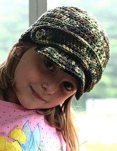 LOVE this not typically a hat person but this is cute!!!  Crochet Kids Army Hat  http://vallieskids.blogspot.com/2009/06/meagan-wants-you.html