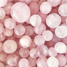 Rose Quartz and Serenity, Pantone Color for 2016 Bijoux Design, Rose Pastel, Pastel Shades, Aesthetic Colors, Aesthetic Pictures, How To Be Aesthetic, Alien Aesthetic, Gold Aesthetic, Everything Pink