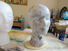 DIY Flapper Mannequin Hat Stand Paper Mache Crafts For Kids, Clay Crafts, Fun Crafts, Halloween Projects, Halloween Diy, Peach Paint, Styrofoam Head, Hat Holder, Mannequin Art