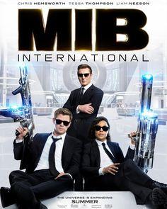Liam Neeson, Chris Hemsworth, and Tessa Thompson in Men in Black: International Men In Black, Tessa Thompson, Liam Neeson, Tommy Lee Jones, Movies 2019, Top Movies, Movies And Series, Movies And Tv Shows, Julie Christie
