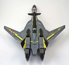 VF-19A Excalibur SVF-569