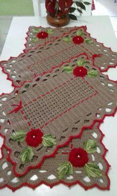 Best 12 New Ideas For Crochet Doilies Diagram Haken – SkillOfKing. Crochet Table Mat, Crochet Placemats, Crochet Mat, Filet Crochet, Crochet Doilies, Knitting Designs, Crochet Designs, Crochet Patterns, Knitting Patterns
