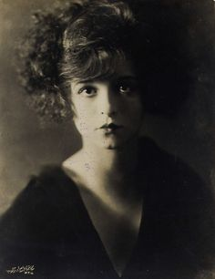 Clara Bow http://missavagardner.tumblr.com/post/16959983014/clarabowarchive-sixteen-year-old-clara-bow-in-a