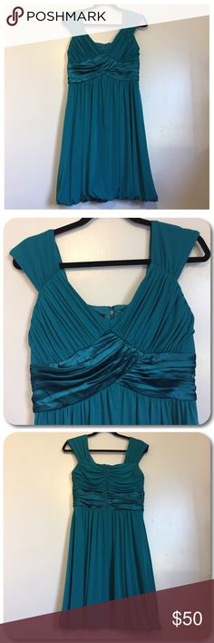 👗Formal Dress👗 Suzi Chin teal knee length formal dress. Women's size 8. Bubble style bottom. Suzi Chin Dresses