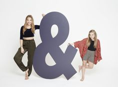 Lennon and Maisy, a sister, singing duo tells us about living in Nashville and their favorite spots to dine. Check out their interview with us! The famous Stella sisters, Lennon and Maisy,  from ABC's :Nashville are our FACES of the South on www.StyleBlueprint.com
