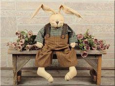 E14422 Rolly Polly Bunny