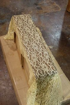 lace as a spray paint stencil. this is brilliant!