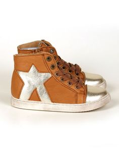 Camel baby high sneakers with silver star - Pepatino