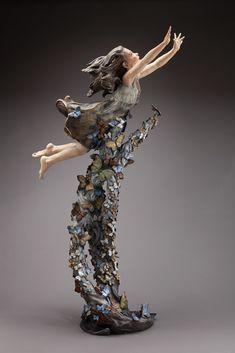 Lifelike Bronze Sculptures Capture Expressive Faces and Playful Energy of Children - My Modern Met
