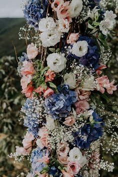 Paleta de cores e flores para casamento colorido pastel
