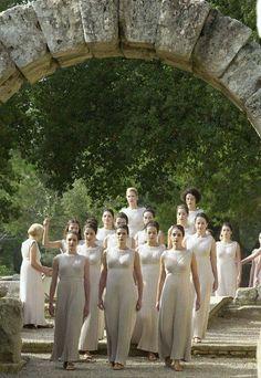 σғ ( in ancient Rome) In Ancient Times, Ancient Rome, Ancient Greece, Dance Decorations, Ancient Beauty, Bridesmaid Dresses, Wedding Dresses, Art And Architecture, Olympia