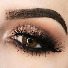 25 Beautiful sparkly eye make-up for your wedding day - beauty of the wedding . 25 Beautiful sparkly eye make-up for your wedding day - . Sparkly Eye Makeup, Wedding Eye Makeup, Cute Makeup, Gorgeous Makeup, Wedding Beauty, Makeup For Prom, Wedding Smokey Eye, Formal Eye Makeup, Sleek Makeup