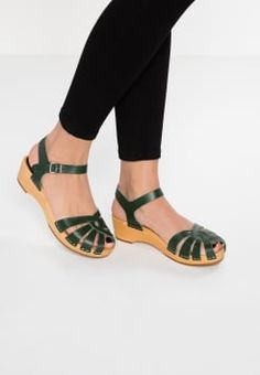 Swedish hasbeensCROSS STRAP DEBUTANT - Clogs - nature 8A82aux1W