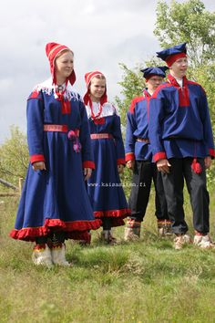 Hello all, Today I will do an overview of the costumes of the Saami people. Previously they were called Lapps, but this is not wh. Folk Costume, Costumes, Folk Clothing, Russia, Textiles, Embroidery, Vintage, People, How To Wear